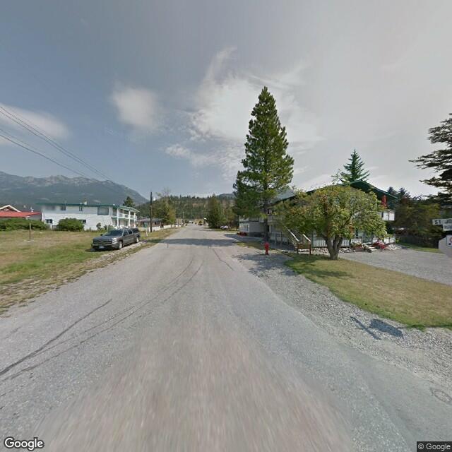 Street view of Radium Hot Springs